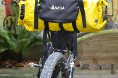 Transportando um saco estanque